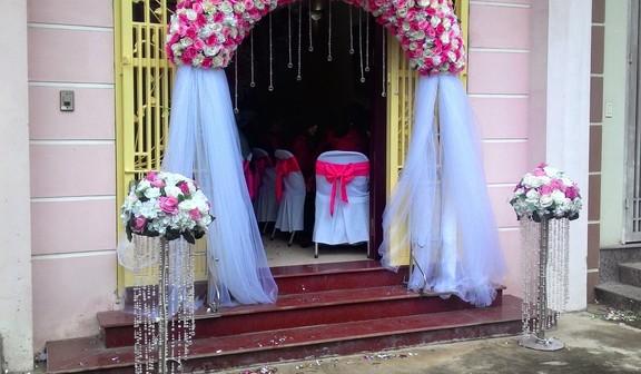 cong hoa cuoi, cổng hoa cưới, cong hoa gia dam cuoi, cổng hoa giả đám cưới