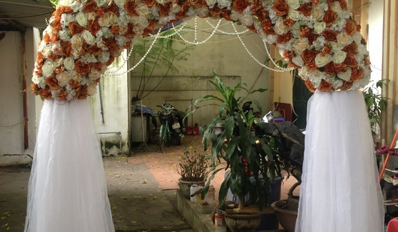Cổng hoa lụa cưới hỏi